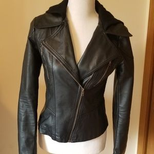 Mystree faux leather jacket. Small EUC